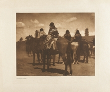 Edward S. CURTIS - Photography - Jicarila Women