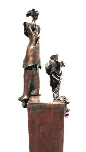 Robert VANDEREYCKEN - Escultura - Figuur met bloem