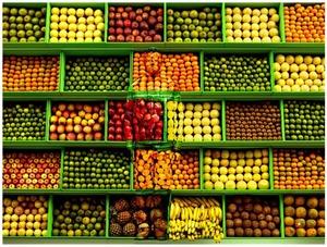 Fernandez ARMAN - Fotografia - Hiding in Venezuela - Tropical Fruit, 2013