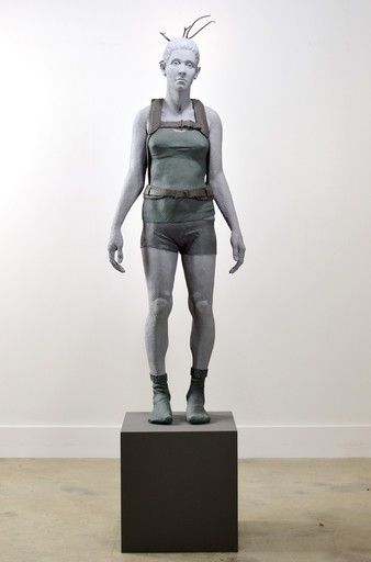 Nicholas CROMBACH - Sculpture-Volume - Girl With Crate 1 of 3