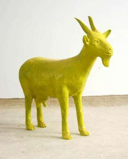 William SWEETLOVE - Sculpture-Volume - Yellow cloned goat