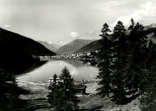 Emil MEERKÄMPER - Fotografie - Blick auf Davos über den See