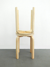Jonathan MONK - Escultura - Did you shit on my stool ?