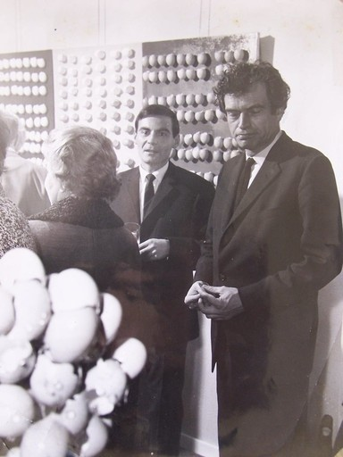 Maria GILISSEN - Photography - Marcel Broodthaers at an Exhibition Opening