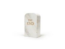 莫瑞吉奥•卡特兰 - 雕塑 - The End (marble)