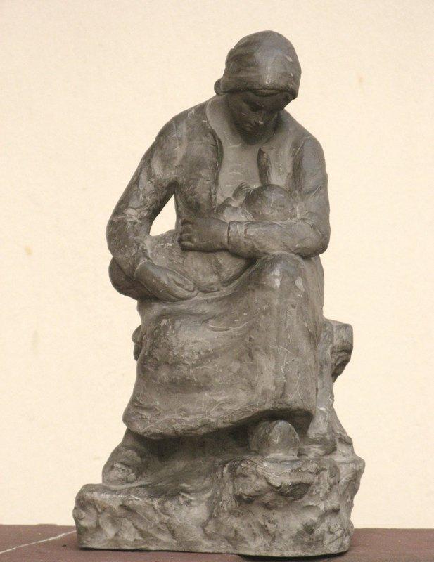 """F. TRINQUE - Sculpture-Volume - """"JEUNE PAYSANNE ALLAITANT SON ENFANT"""""""""""