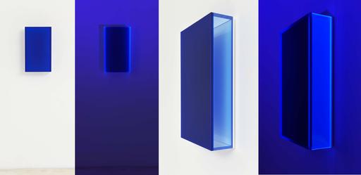 Regine SCHUMANN - Sculpture-Volume - Colormirror satin glow after blue Milan