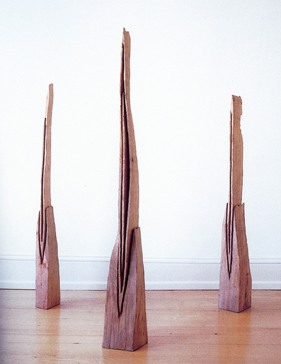 David NASH - Sculpture-Volume - Three Descending Vessels