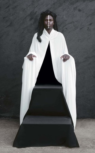 Maïmouna GUERRESI - Photo - Le trône de Salomon