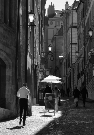 """Dmitry SAVCHENKO - Fotografia - """" Against daylight. Old city. Geneva """""""