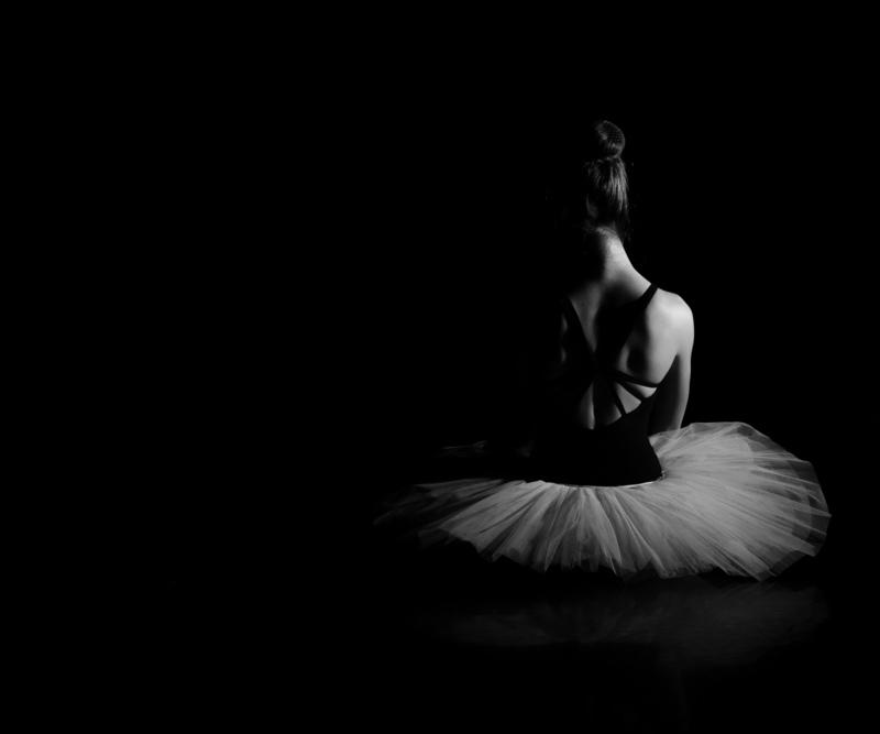 Hartmut DE MAERTELAERE - Photography - Ballerina    (Cat N° 6495)
