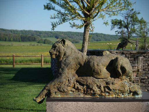 Patrick VILLAS - Sculpture-Volume - Grand jaguar couché