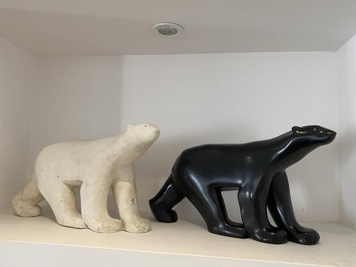 François POMPON - Scultura Volume - Deux Ours polaire (1 en plâtre, 1 en bronze)