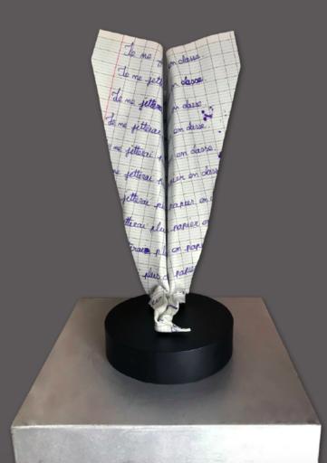 AVA - Sculpture-Volume - Paper Plane - Punition