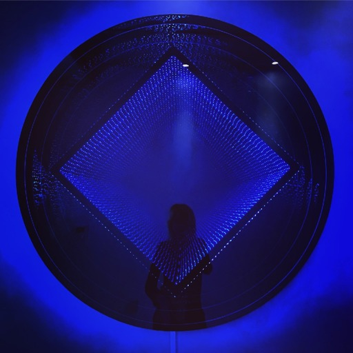Emmanuelle RYBOJAD - Sculpture-Volume - LED coffrage rond ST losange : bleu / blanc