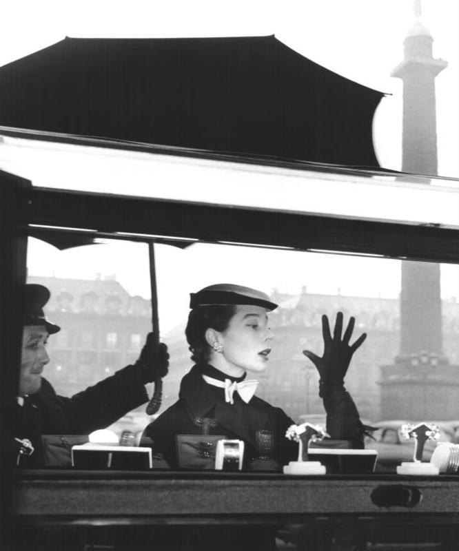 Jean-Philippe CHARBONNIER - Photography - Bettina le plus belle, Paris, Place Vendome