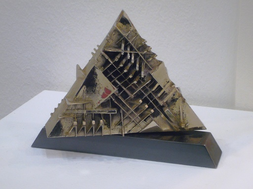 阿尔纳多·波莫多洛 - 雕塑 - Piramide