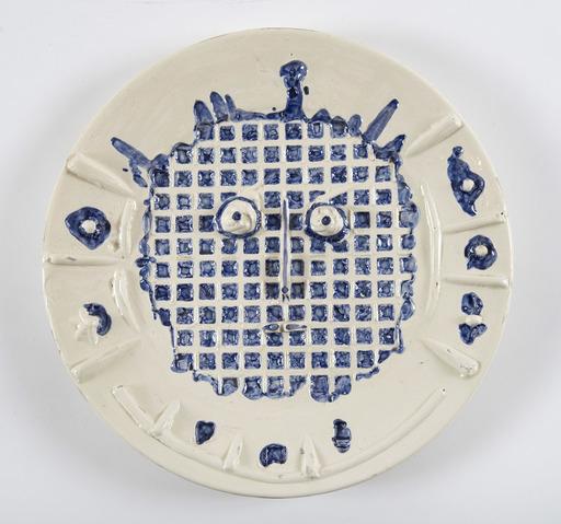 巴勃罗•毕加索 - 陶瓷  - Visage à la grille, (A.R.352)