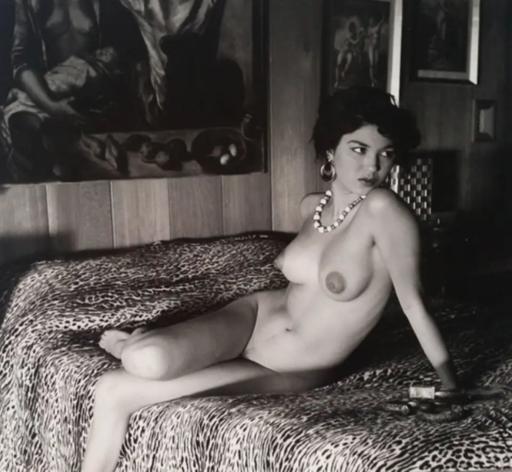 André DE DIENES - Fotografie - Nu sur le lit - 1960
