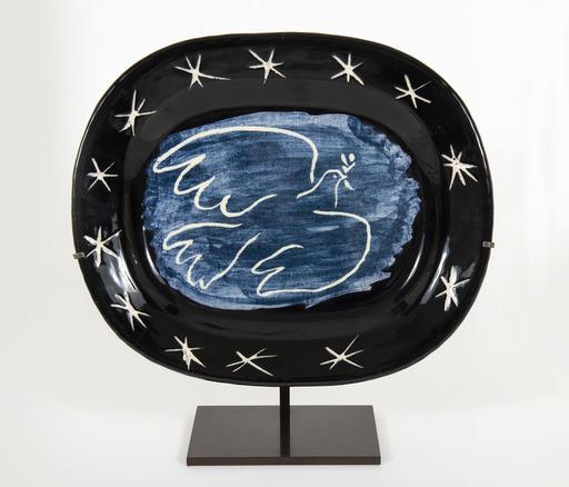 Pablo PICASSO - Ceramic - Bright dove