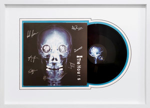 "Damien HIRST - Skulptur Volumen - Vinyl record ""The Spin Skull - See The Light"" - The Hours"