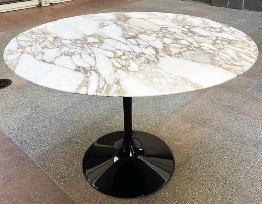Eero SAARINEN - Table ronde tulip - Eero Saarinen