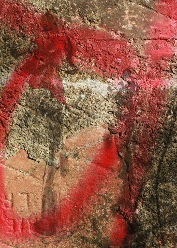 Aurélie LAFOURCADE - Peinture - Tag rouge et silhouette