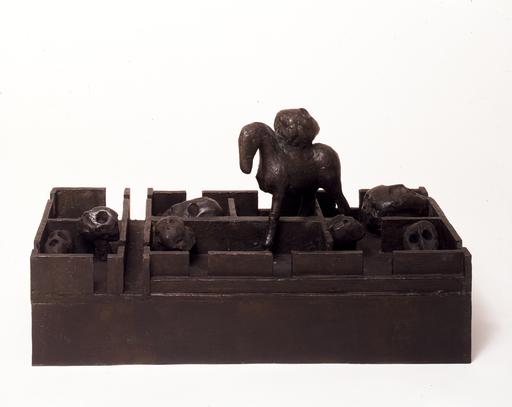 Mimmo PALADINO - Escultura - Labirinto