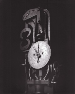 Hiroshi SUGIMOTO - Photo - Mechanical Form 0046, Material Testing machine