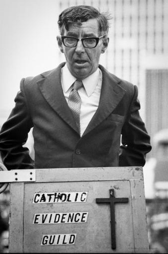 Robbert Frank HAGENS - Photography - Evidence Guild Speakers' Corner - London 1977