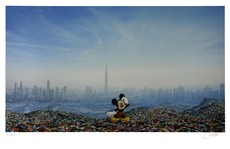 Jeff GILLETTE - Estampe-Multiple - Dubai Landfill Mickey