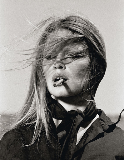 Terry O'NEILL - Photography - Brigitte Bardot with Cigar Spain