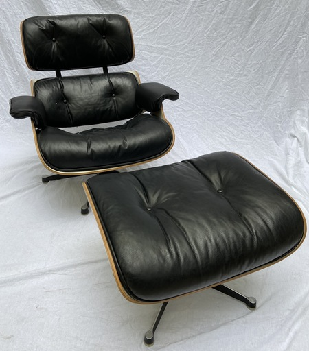 Charles EAMES - Lounge Chair et Ottoman - Charles Eames - 1977