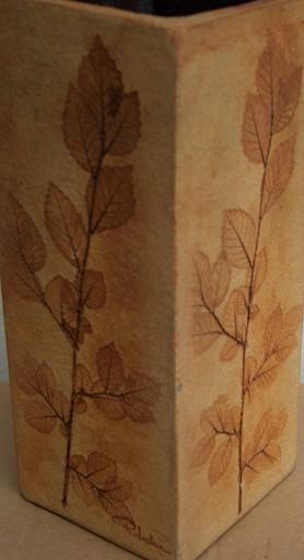 Raymonde LE DUC - 陶瓷  - Vase herbier grès rouge de cuivre