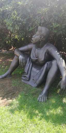 Ana Mercedes HOYOS - Escultura - Arlina de los cabosn