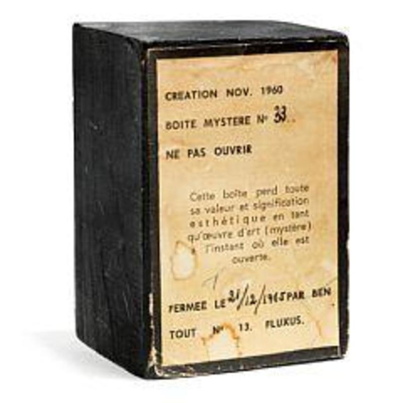 BEN - Sculpture-Volume - Boîte Mystère No. 33