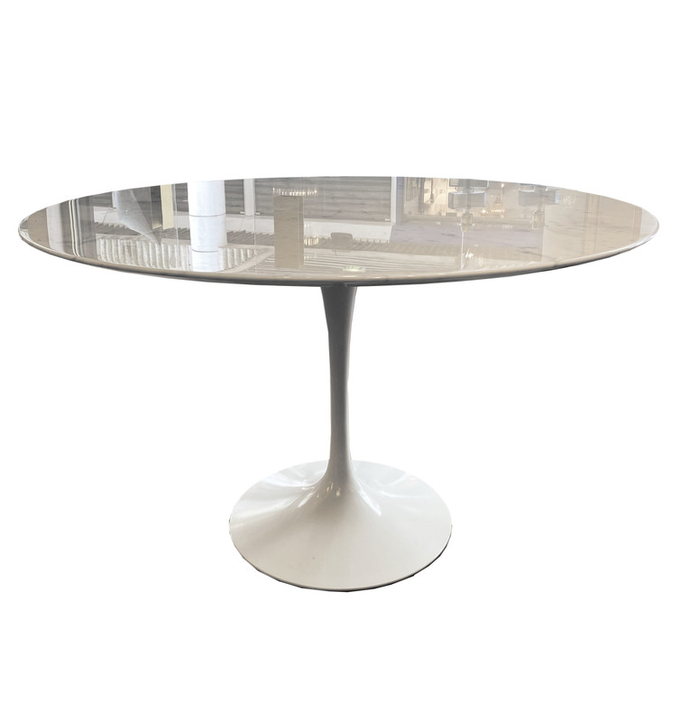 Eero SAARINEN - Table de salle à manger tulipe