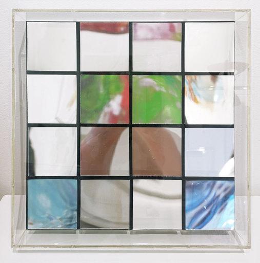 Adolf LUTHER - Escultura - Spiegelobjekt 4x4 eckige Konkav-Spiegel