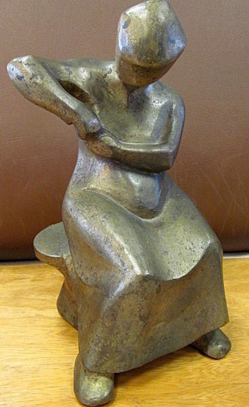 Arnold HILMER - Escultura - Sitzende Frau