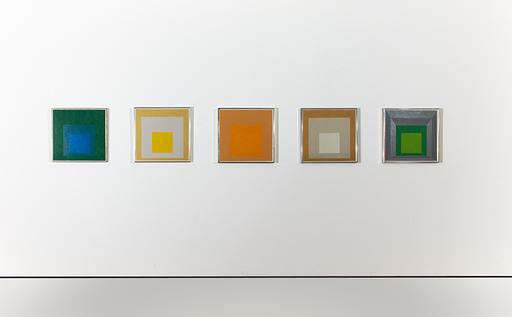 约瑟夫•亚伯斯 - 绘画 - Homage to the Square (Curated collection of 5) - On hold