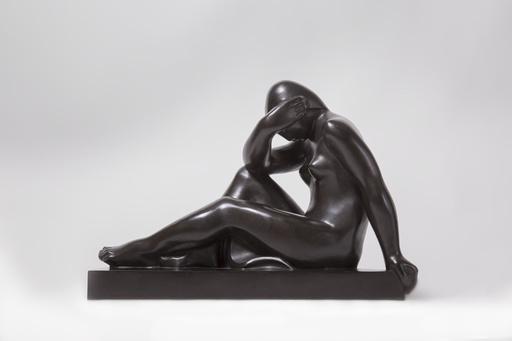 Joseph CSAKY - Sculpture-Volume - Femme assise tête dans le bras