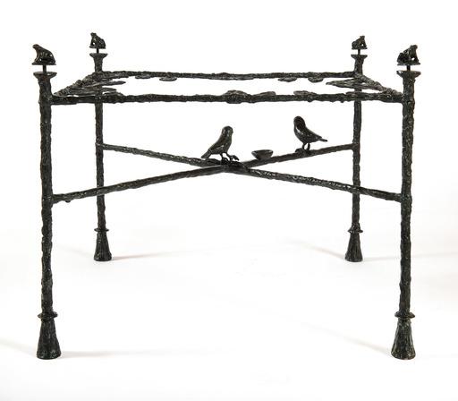 Diego GIACOMETTI - Scultura Volume - Table-feuilles, modèle bas aux grenouilles et oiseaux
