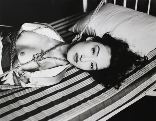 Nobuyoshi ARAKI - Photography - Araki Nobuyoshi Gelatin silver print, Baryta paper