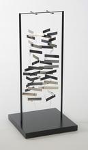 Julio LE PARC - Sculpture-Volume - Mobile rectangle dans l'espace