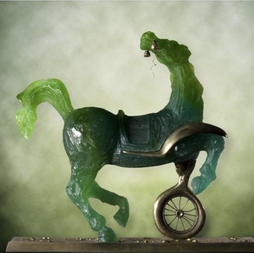 萨尔瓦多·达利 - 雕塑 - Débris d'une automobile...