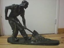 Amedeo GENNARELLI - Escultura - Le ramasseur de goémon