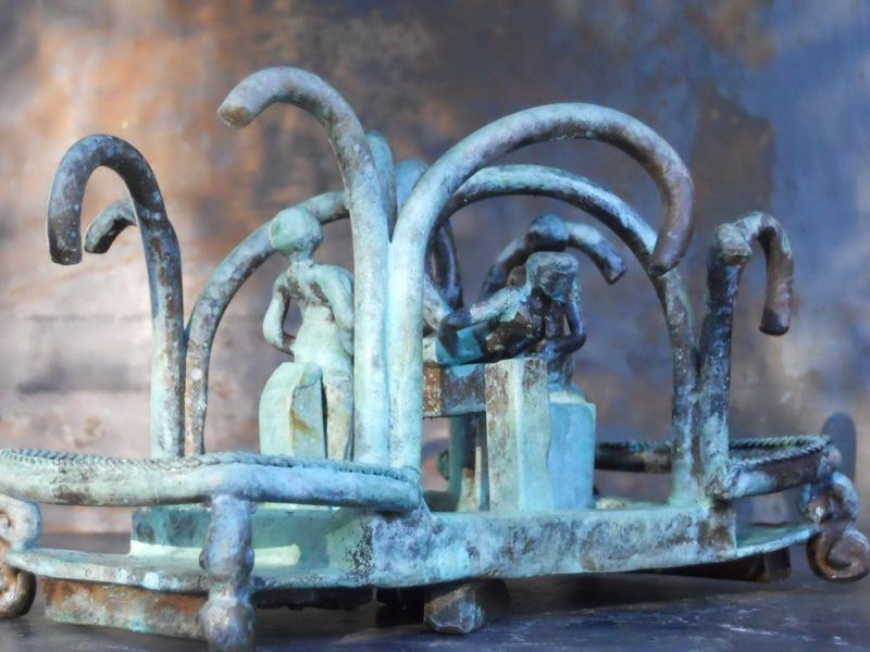 Michaël MAGNE - Sculpture-Volume - Métempsycose à plat ventre