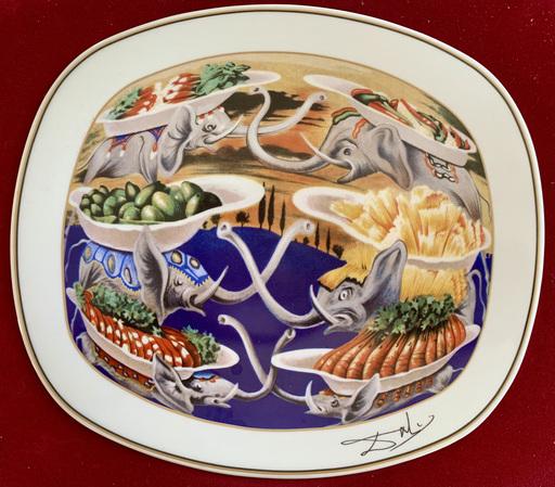 Salvador DALI - Céramique - Les délices petits martyrs