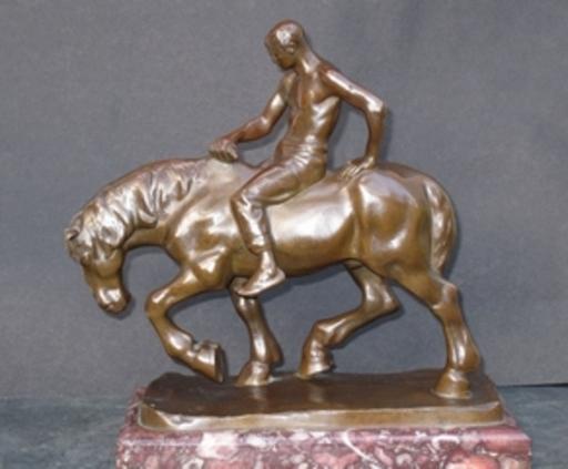 Julius OBST - Escultura - Cavalier sur cheval Percheron
