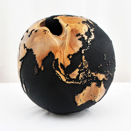 Bruno HELGEN - Sculpture-Volume - Globe Ø30cm Black sand